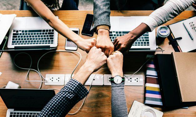 Tạo sự liên kết giữa các thành viên dự án IT